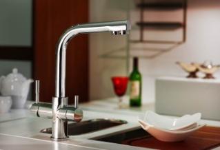 RO víztisztítóhoz konyhai csaptelep 3-utas modern Hajlított Króm kivitel