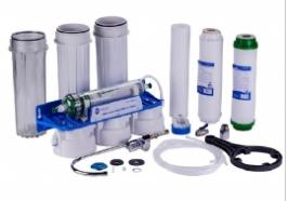 Háztartási ivóvíztisztító Economy Water ultraszűrővel.
