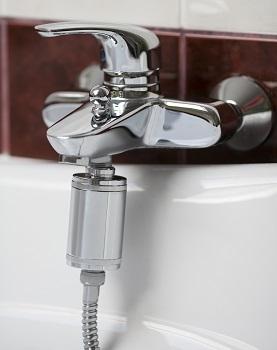 Smart Chlorine Free zuhanyszűrő fémházban